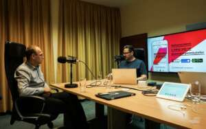 Ondrej Smolar nahravanie podcastu